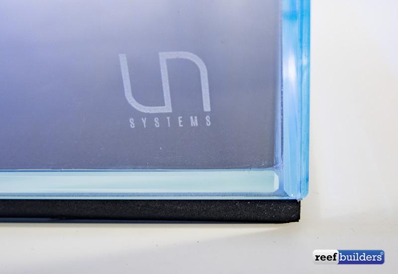 ultum-nature-systems-aquarium-3